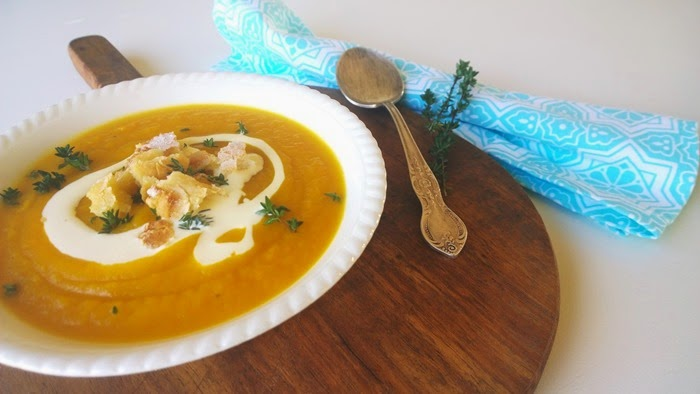 thyme scented pumpkin & carrot soup